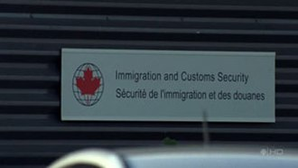 The Border (TV series) - Signage of ICS at the ex-Rochester fast ferry building. Displayed in both English and French, pertaining to Canada's bilingualism.
