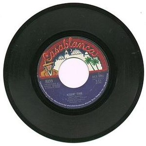Kissin' Time (song) - Image: Kissin' Time vinyl