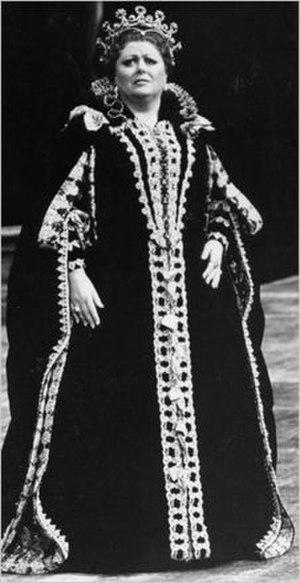 Margaret Price - Price as Elisabetta in Verdi's Don Carlo at the Metropolitan Opera in 1989.