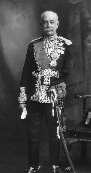 Sir Edward Bradford, 1st Baronet - Sir Edward Bradford, 1901.