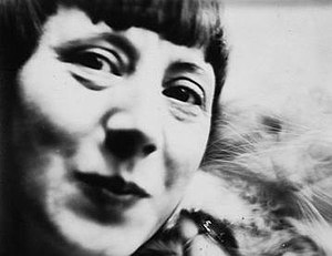 Hannah Höch - Hannah Höch self-portrait, c.1926