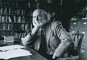 Manning Clark - Clark in his study, circa 1988
