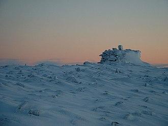 Resolute, Nunavut - Image: Stone Carin by Resolute Bay