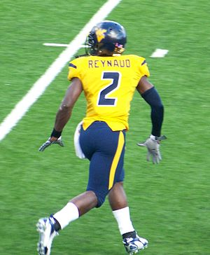 Darius Reynaud - Reynaud warming up before the 2007 Mississippi State game