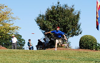 Disc golf - Ken Climo teeing off at hole 5 of the 2008 USDGC