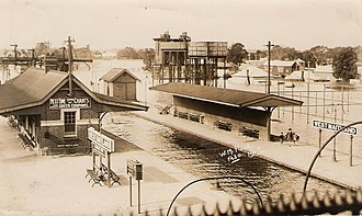 Maitland, New South Wales - Maitland railway station in Flood, 1930