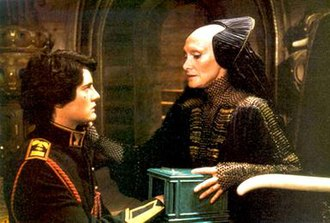 Gaius Helen Mohiam - Paul (Kyle MacLachlan) is tested by Mohiam (Siân Phillips) in Dune (1984)