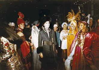 Alexis von Rosenberg, Baron de Redé - Redé in the middle at his Bal oriental in 1969. Photo by Patrick Anson, 5th Earl of Lichfield.