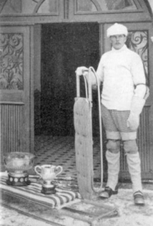 Hugh Trenchard, 1st Viscount Trenchard - After winning the Freshman and Novices' Cups for 1901