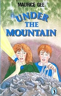 <i>Under the Mountain</i> Book by Maurice Gee