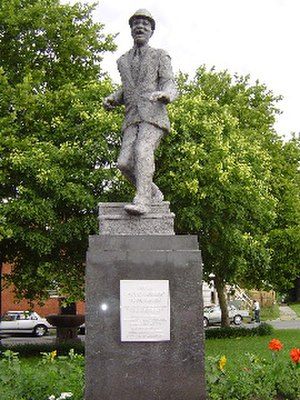 Bill Robinson - Jack Witt's statue of Robinson in Richmond, Virginia