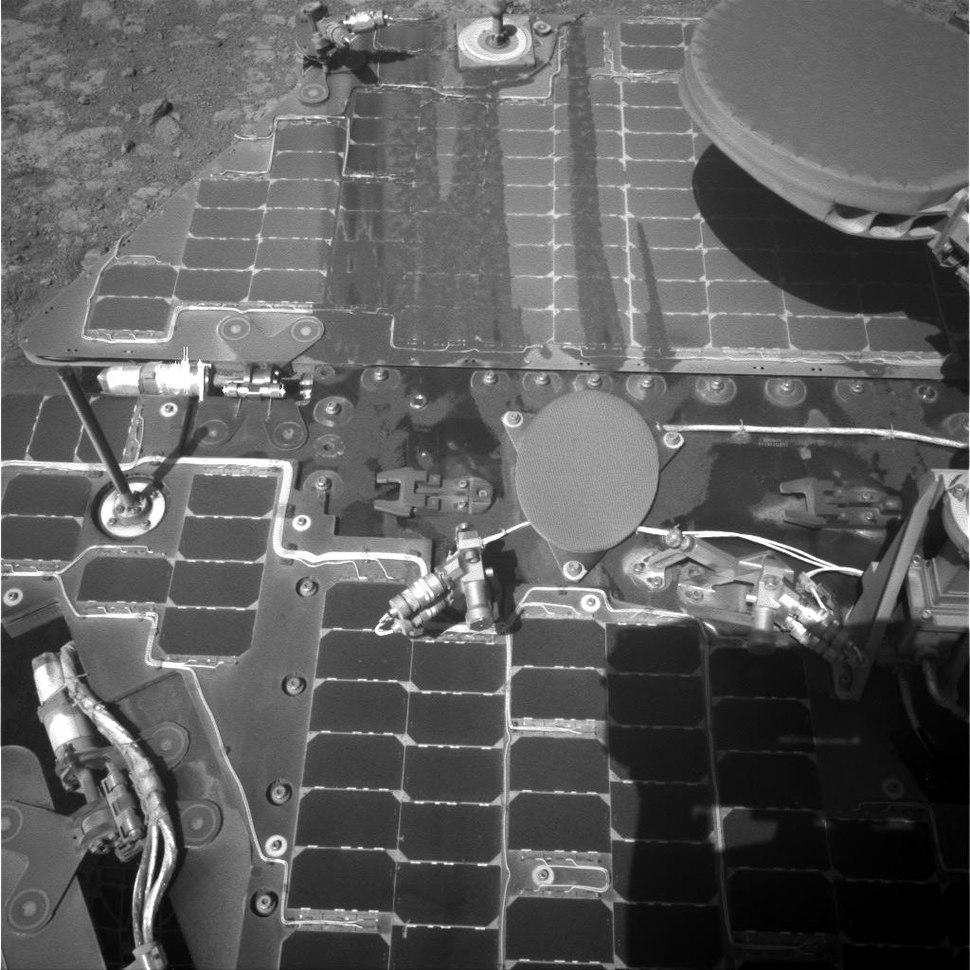Mars-rover-opportunity-solar-panel-PIA20329