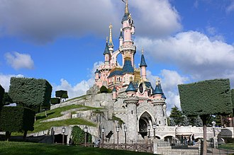 Disneyland Park (Paris) - Image: Sleeping Beauty Castle, Disneyland, Paris