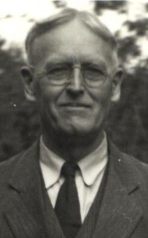 David Crockett Graham - D.C. Graham in Seattle, WA, USA in 1940 just before returning to China