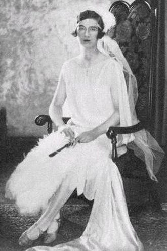 Lesley Lewis (art historian) - Lesley Lewis in 1928