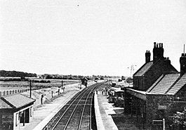 Altcar and Hillhouse railway station.jpg