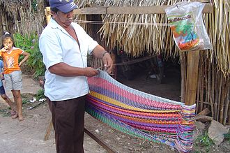 Net (device) - Finishing a Mayan hammock, which is twisted rather than knotted.