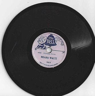 """Edison Bell - """"The Bell"""" record label, 5-inch disc"""