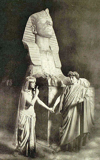 Caesar and Cleopatra (play) - Gertrude Elliott and Johnston Forbes-Robertson in Caesar and Cleopatra, New York, 1906