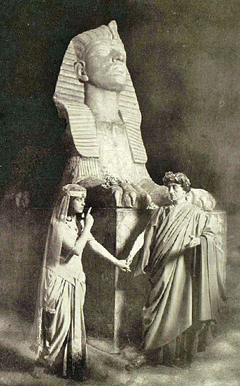 Gertrude Elliott and Johnston Forbes-Robertson in Caesar and Cleopatra, New York, 1906 Caesar-and-Cleopatra-1906.jpg