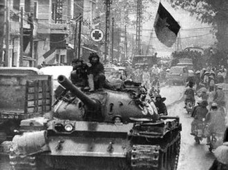 Hue–Da Nang Campaign - A Vietnam People's Army T-54 tank entering Da Nang in 1975.