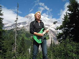 Paul Hanson (guitarist)