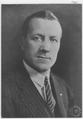 Lafayette Leopards football - Jock Sutherland coached Lafayette from 1919–1923. He is considered one of the greatest coaches of all-time and was 33–8–2 on College Hill. He ranks fourth in Lafayette winning percentage.