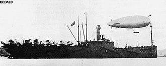 Mooring mast - Spanish seaplane carrier Dédalo.