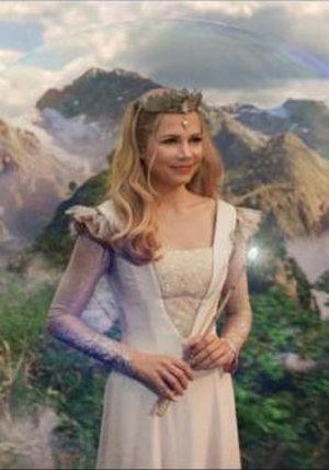 Glinda the Good Witch - Michelle Williams as Glinda in 2013 film Oz the Great and Powerful.