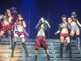 Pussycat Dolls performing Buttons.jpg
