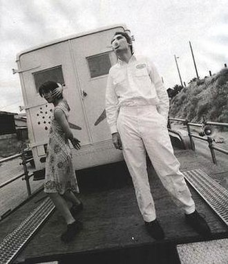 Today (The Smashing Pumpkins song) - Promotional picture of Billy Corgan and James Iha, during the shooting of the music video