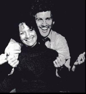 Children of a Lesser God (play) - Phyllis Frelich and John Rubinstein in a scene from Children of a Lesser God