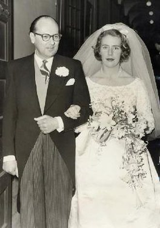 Victor Hervey, 6th Marquess of Bristol - Lord Bristol and Lady Juliet Fitzwilliam on their wedding day, 1960