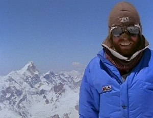 The Dark Glow of the Mountains - Messner at the summit of Gasherbrum II