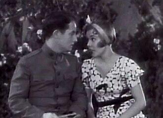 Wheeler & Woolsey - Bert Wheeler and Dorothy Lee, in Half Shot at Sunrise (1930)