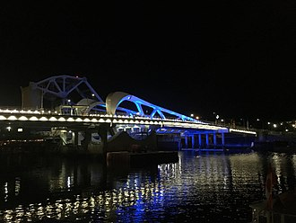 Johnson Street Bridge - New Johnson Street Bridge at night after opening to traffic for the first time, 2018 March 31.