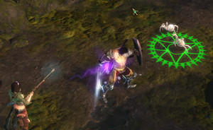 Dungeon Siege III - The player character (Lucas) using the block-system to defend against an attacking enemy while the AI controlled companion (Katarina) shoots at the enemies from a distance