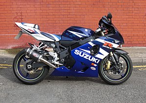 Suzuki GSX-R750 - GSX-R 750 K4 with Scorpion carbon can