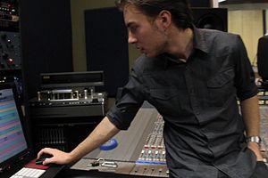 Tim White (musician)