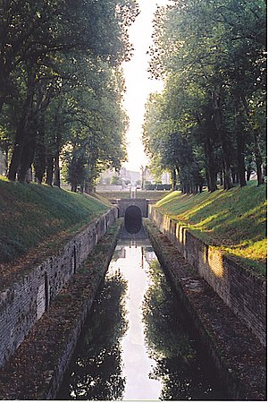 Canal de Bourgogne - North entrance of the canal tunnel at Pouilly-en-Auxois