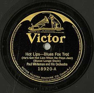 """Hot Lips - 1922 release of """"Hot Lips (He's Got Hot Lips When He Plays Jazz)"""" by Paul Whiteman and His Orchestra featuring Henry Busse on trumpet, Victor 18920A."""