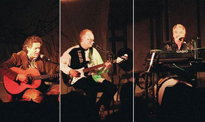 Klaatu (band) - Klaatu performing live in 2005 (l-r John Woloschuk, Dee Long, Terry Draper)