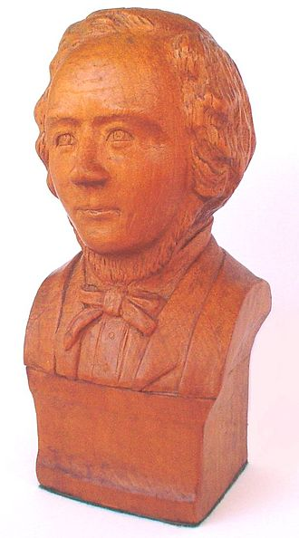 Thomas Hiscock - Wooden bust of Thomas Hiscock