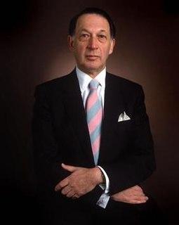 Kenneth Snowman British jeweller
