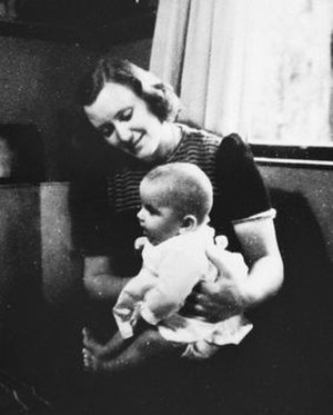 Marion Pritchard - Pritchard in 1944 with Erica Polak, a Jewish baby that she was hiding