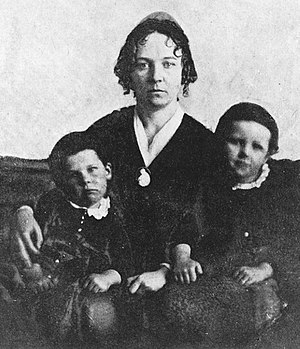 Seneca Falls Convention - Elizabeth Cady Stanton in 1848 with two of her three sons