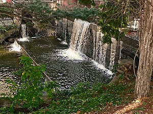 Podunk - Vinton's Pond Dam on the Podunk River