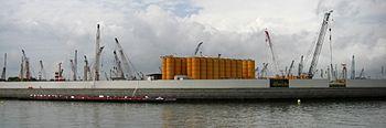 Marina-bay-sands-floating-platform