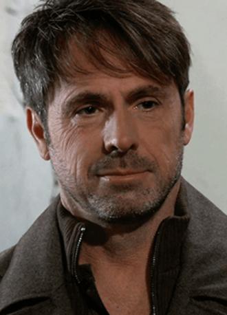 Julian Jerome - William deVry as Julian Jerome