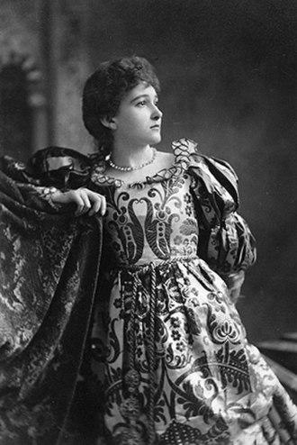 Minna Gale - Minna Gale as Desdemona in Othello (circa 1887)